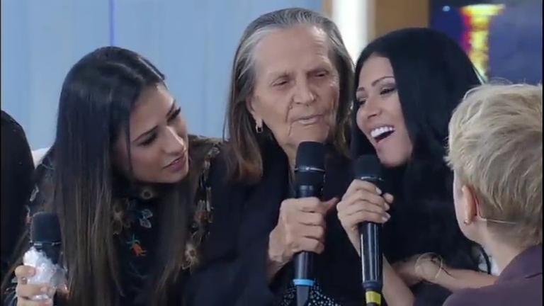 Simone e Simaria são surpreendidas pela presença da avó no ...