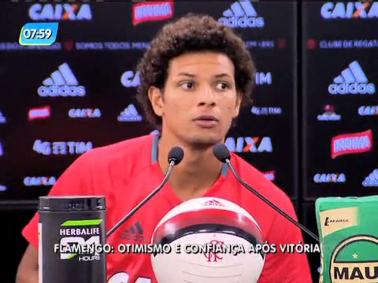 Jogadores do Flamengo mostram otimismo após vitória sobre Ponte Preta