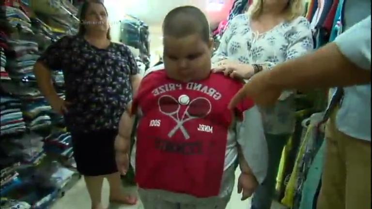 Drama no shopping: com 82 Kg, menino de cinco anos tem ...