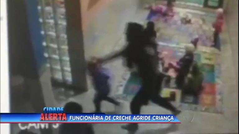 Funcionária é flagrada agredindo criança em creche - Notícias - R7 ...