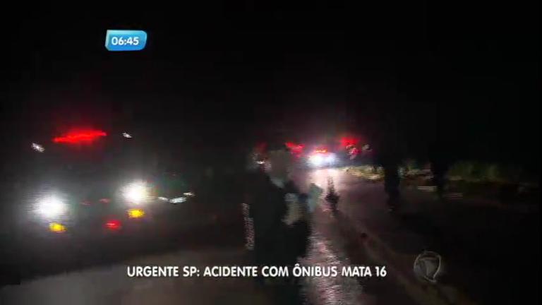 Caminhão desgovernado quase atropela bombeiros e jornalistas no ...