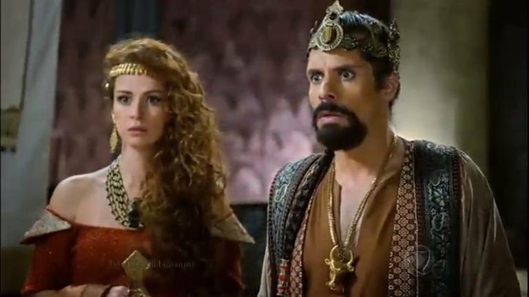 Balaão mostra que não tem lepra e amaldiçoa Balaque e a rainha ...