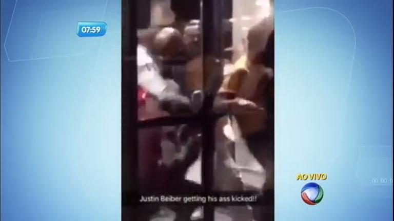 Justin Bieber briga com homem em porta de hotel nos Estados Unidos