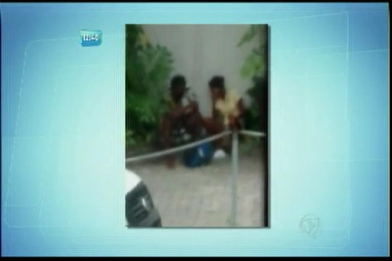 Flagrante: Casal usa crack no Corredor da Vitória - Bahia - R7 ...