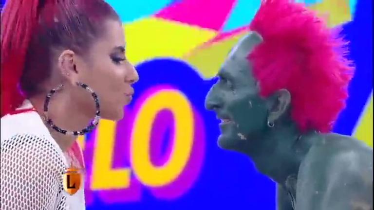 Hulk Magrelo ganha beijo e se transforma em Príncipe Magrelo no ...
