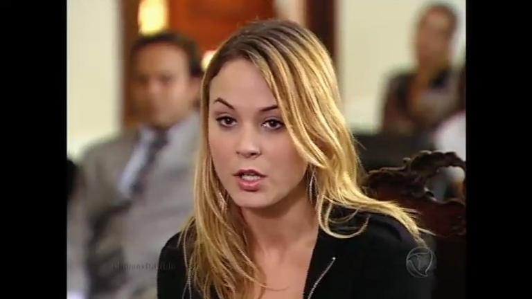 Manu defende Antônio no tribunal - Entretenimento - R7 Chamas da ...