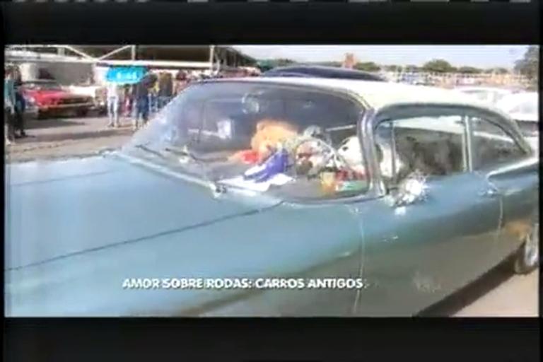 Amor sob rodas: coleção de carros antigos invade Contagem (MG ...