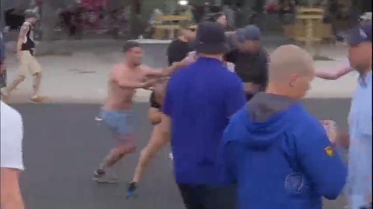 Após confrontos violentos, torcedores são deportados e Rússia ...