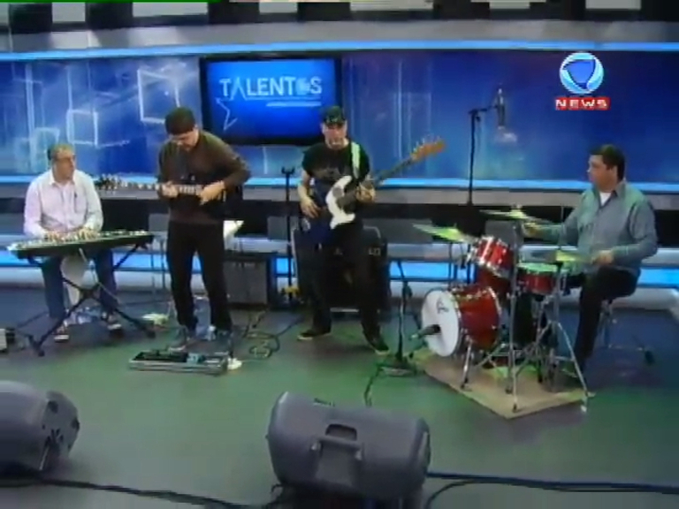 JR News Talentos recebe a banda B4 - Record News - R7 Jornal da ...