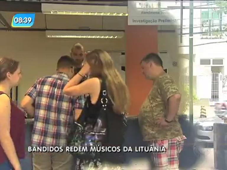 Cinco músicos da Lituânia são assaltados na Lapa - Rio de Janeiro ...