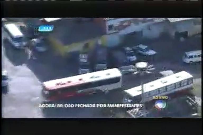 Moradores fecham BR- 040 em manifestação na manhã desta ...