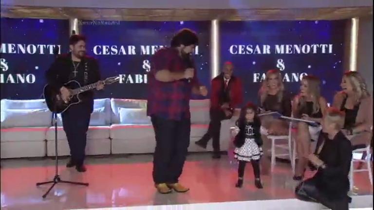 César Menotti e Fabiano animam a plateia do Xuxa Meneghel ...
