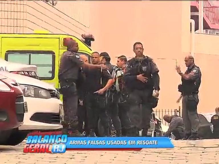 Divisão de Homicídios apreende 3 armas falsas usadas em resgate ...