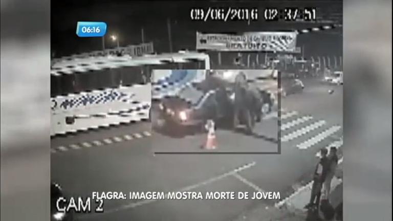 Policial mata jovem dentro de carro durante abordagem em Ourinhos