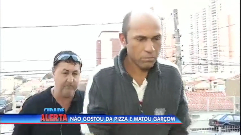 Garçom é morto por cliente depois de servir a pizza com a borda ...
