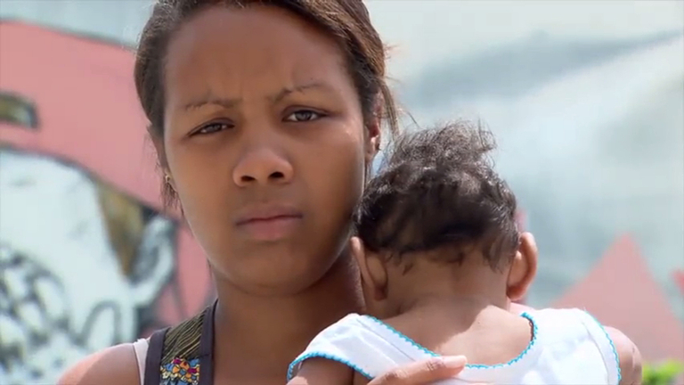 Os Filhos do Zika: reportagem mostra a luta de mães que cuidam ...