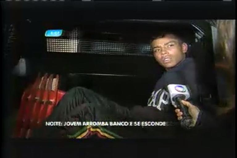 Jovem é detido ao arrombar agência bancária no bairro Santa Efigênia, em BH