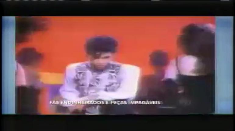 Hora da Venenosa: Guitarra de Prince é leiloada por quase R$ 500 mil