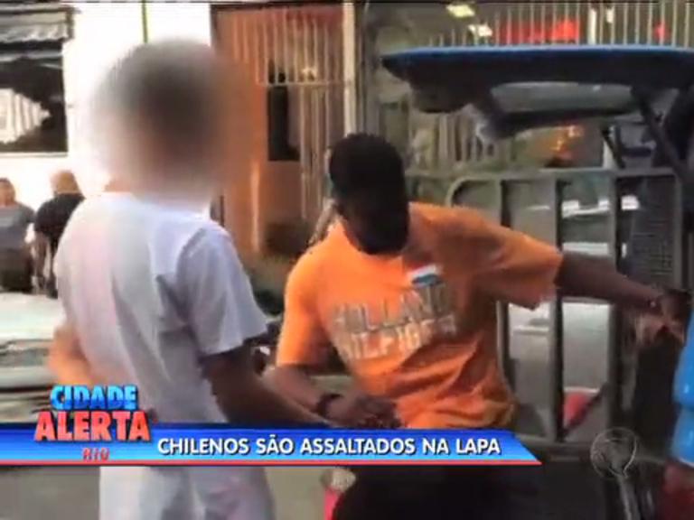 Casal de chilenos é assaltado com arma de brinquedo na Lapa ...