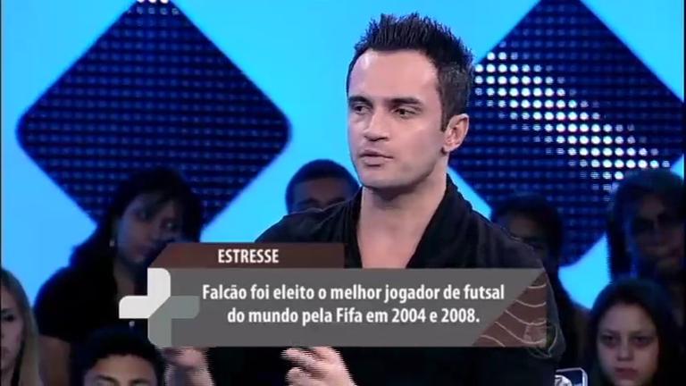 Falcão relembra o episódio em que teve paralisia facial por causa ...