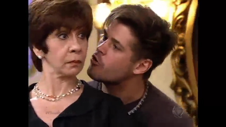 Mercedes vai à festa de Vivi e deixa Pedro irritado - Entretenimento ...