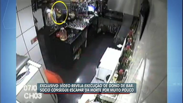 Exclusivo: vídeo mostra o momento da execução de um dono de bar ...