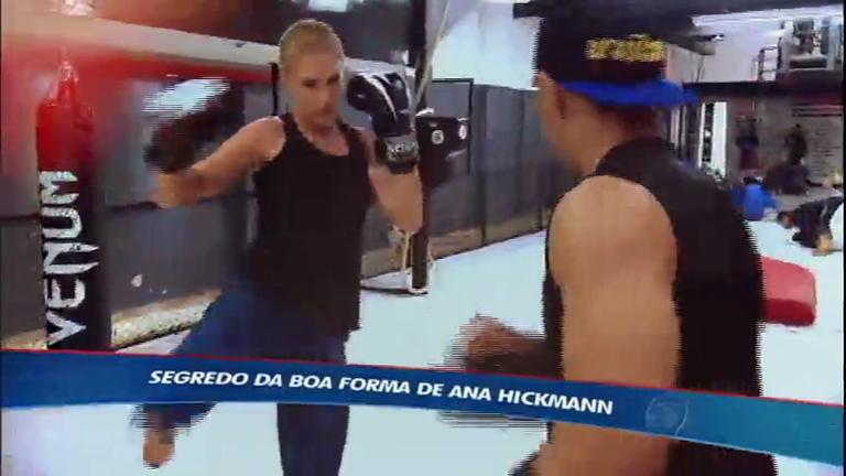 Mylena Ciribelli acompanha um treino de Ana Hickmann no muay thai