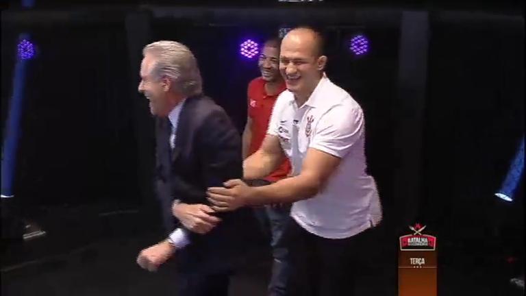 Justus aprende técnicas de MMA com José Aldo e Júnior Cigano ...