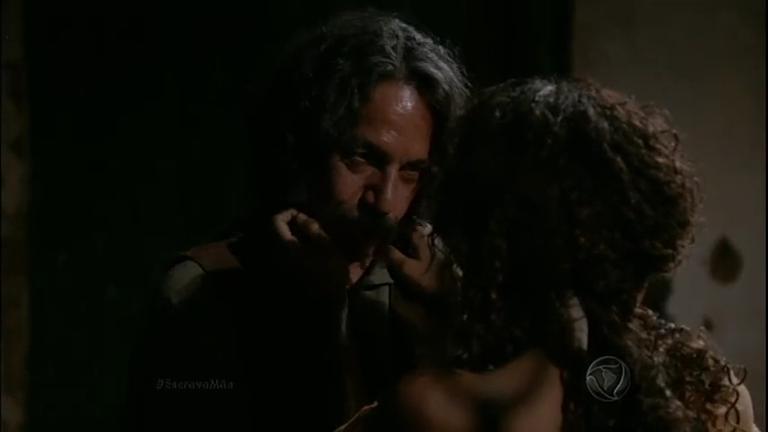 Genésio observa Esméria beijando Zé Leão - Entretenimento - R7 ...