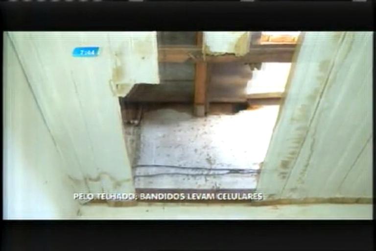 Bandidos invadem lojas pelo telhado e roubam celulares - Minas ...