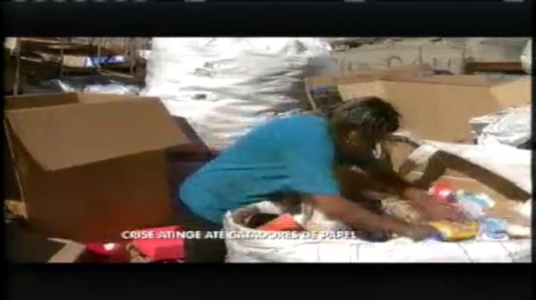 Crise atinge catadores de materiais reciclados em BH - Minas ...