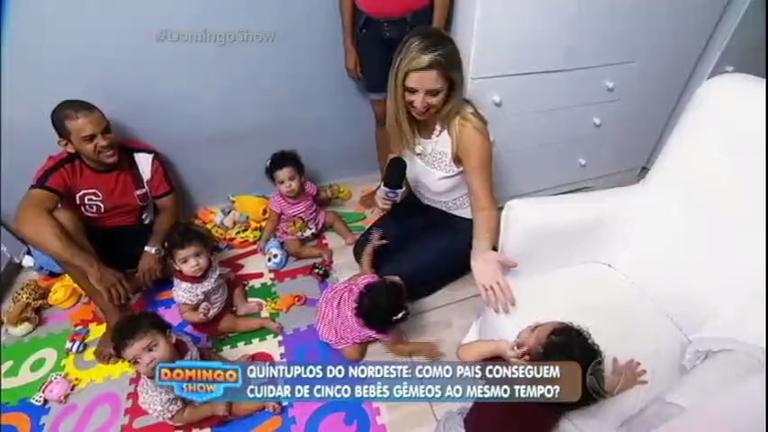 Após um ano, Domingo Show visita bebês quíntuplos do Nordeste e ...