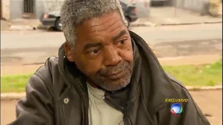 Ex-Raça Negra desiste da luta contra as drogas e volta para as ruas ...