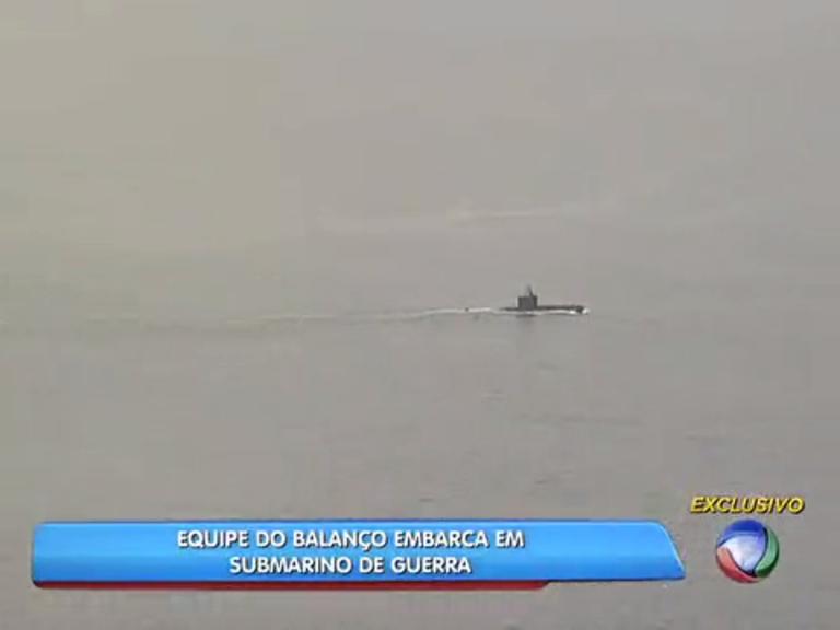 Equipe da Rede Record visita submarino de guerra da Marinha ...