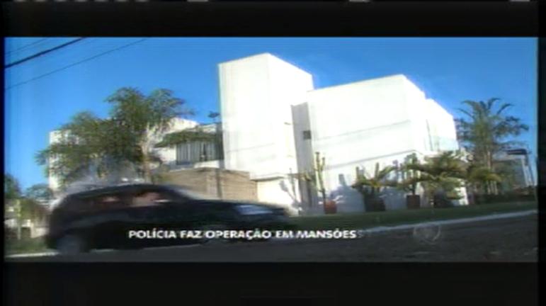 Polícia faz apreensão em mansão durante operação que…