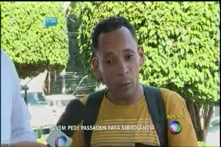 Jovem pede passagem para Serrolândia - Bahia - R7 Balanço Geral ...