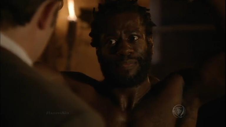 Guilherme marca a pele de Genésio para mostrar que a fuga de um ...