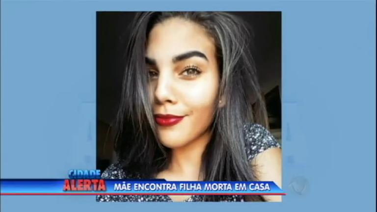 Jovem de 18 anos é morta pelo namorado depois de terminar ...