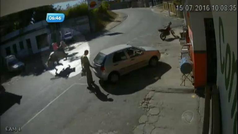 Flagra: ladrão foge com cavalo roubado em Santa Luzia (MG ...