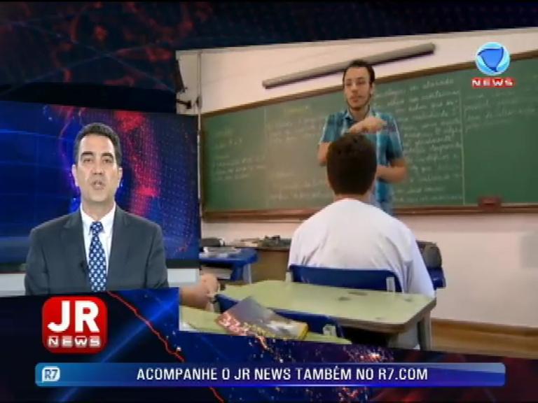 """""""O professor deve ter prudência"""", diz coordenador do Projeto Escola Sem Partido"""