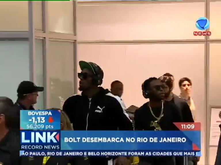 Usain Bolt chama a atenção ao desembarcar no Rio de Janeiro ...