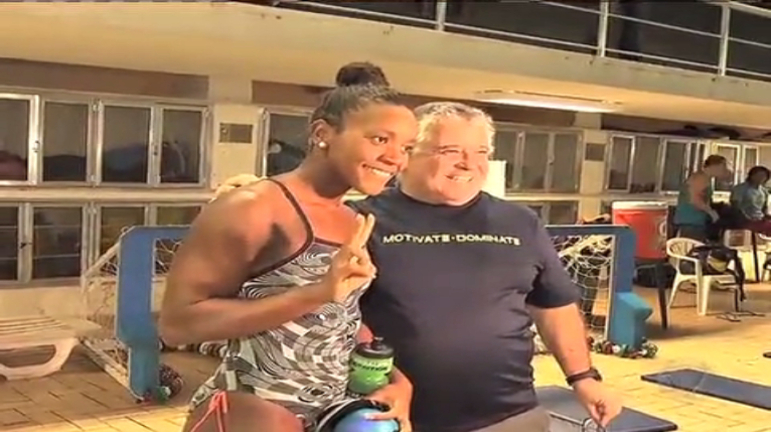 Rio 2016: sem credencial, nadadora jamaicana é barrada na Vila Olímpica