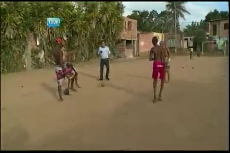 Área de lazer em condição precária em Periperi - Bahia - R7 ...