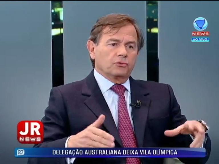 Jornal da Record News recebe o advogado criminalistaMário de Oliveira Filho