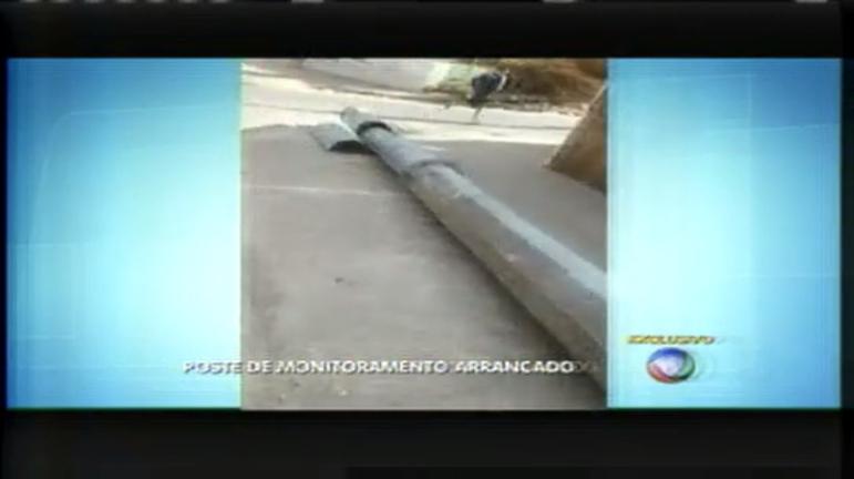 """Postes do """"Olho Vivo"""" são arrancados na região sul de Belo ..."""