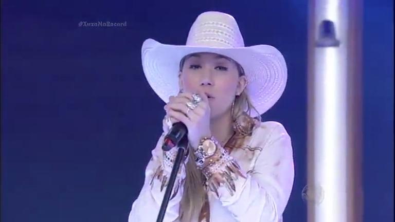 Bruna Viola canta música Você Não Sabe no palco da Xuxa ...