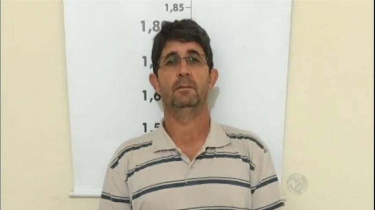 Padre é preso por abusar sexualmente de um menino em Minas ...