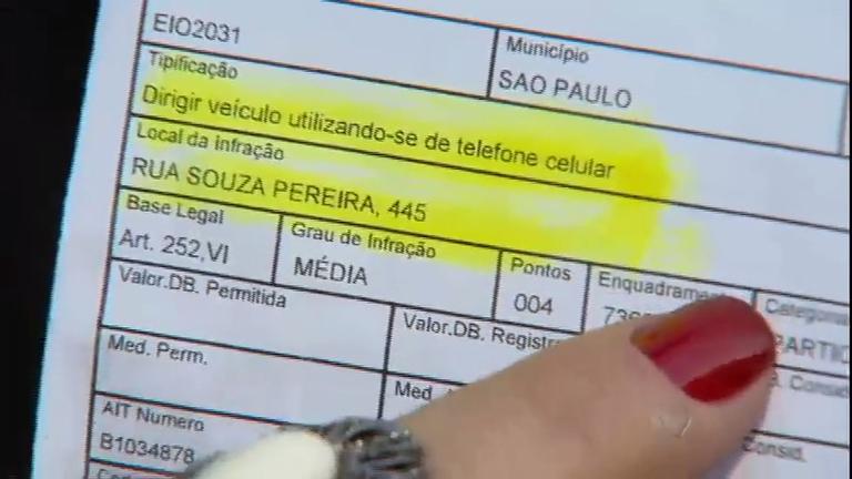 Valor de multa para uso de celular ao volante irá triplicar a partir de novembro