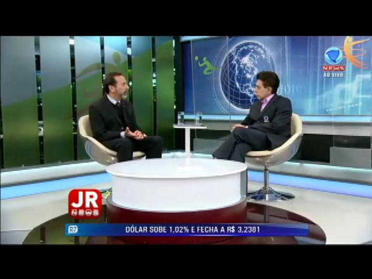 Ministro Luís Roberto Barroso responde a Gilmar Mendes e afirma que a Lei da Ficha Limpa é 'sóbria'