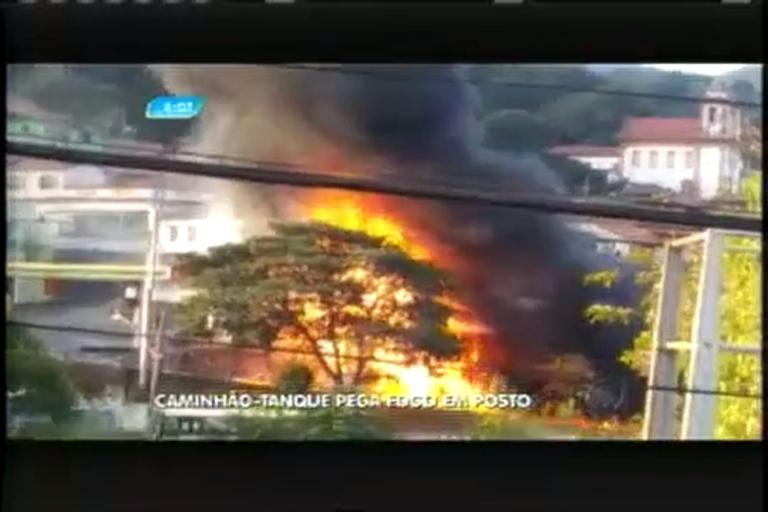 Caminhão-tanque pega fogo em posta de combustíveis de Sabará ...